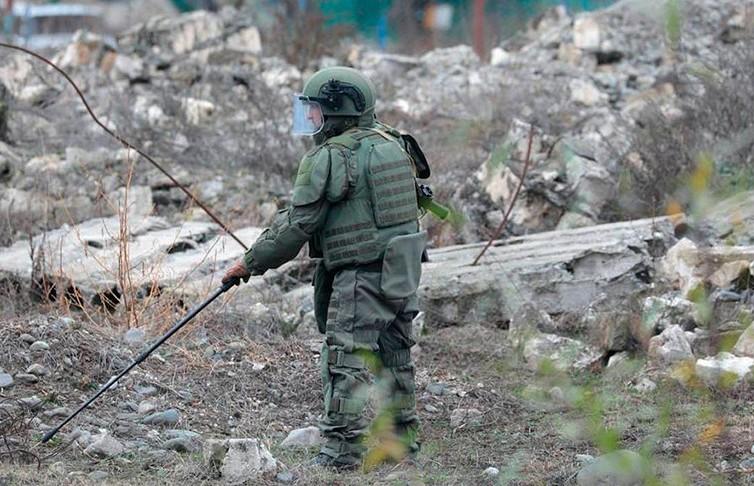 Российские миротворцы обезвредили в Нагорном Карабахе порядка 5 тыс. взрывоопасных предметов