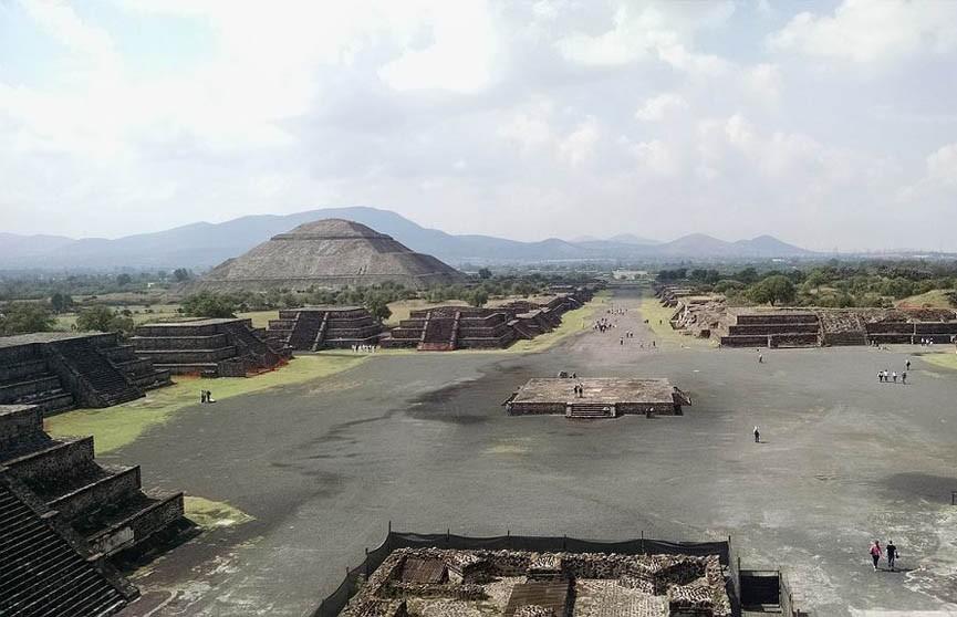 Под мексиканской Пирамидой Луны обнаружили секретный туннель и тайную комнату