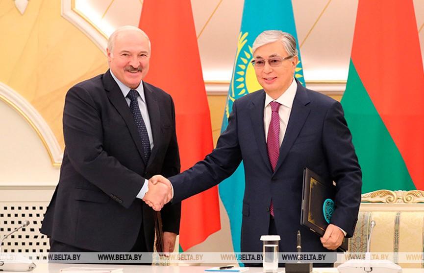 Токаев поздравил Лукашенко с переизбранием на пост Президента Беларуси