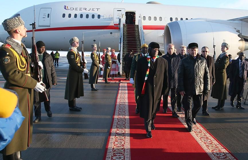 Александр Лукашенко проведёт переговоры с президентом Зимбабве