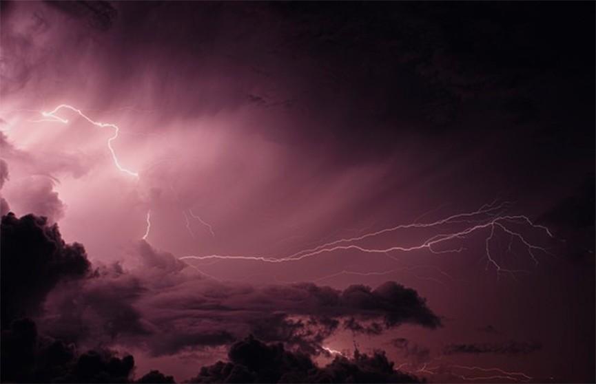12 человек погибли из-за обрушившейся на Алабаму бури