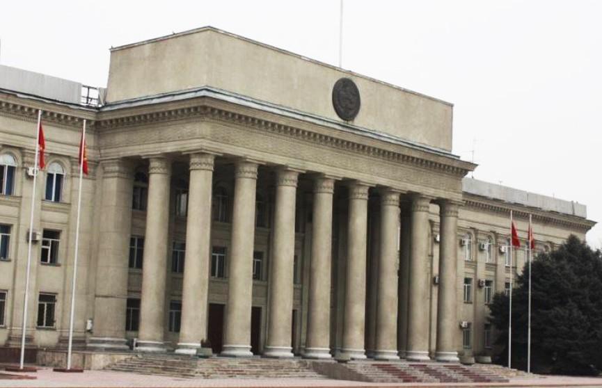 Правительство Кыргызстана подаёт в отставку