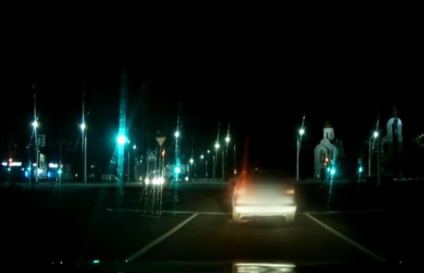 Как в боевике: сотрудники ГАИ гнались за пьяным водителем со стрельбой (ВИДЕО)