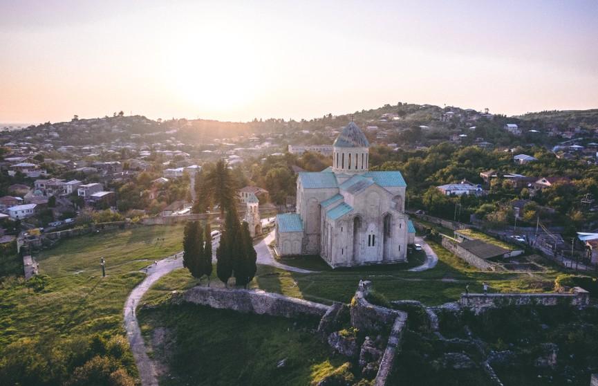 Грузия с 1 июня открыла сухопутные границы для туристов