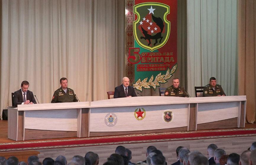 Лукашенко: всякие войны сейчас начинаются с уличных протестов, демонстраций