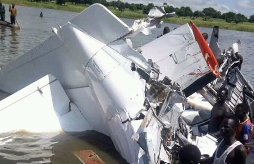 Авиакатастрофа в Южном Судане унесла жизни более 20 человек