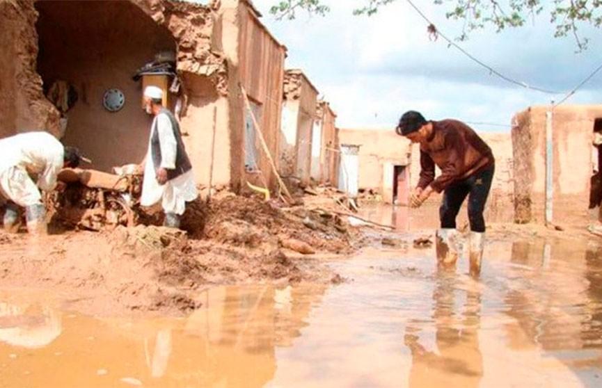 Число жертв наводнения в Афганистане достигло 122 человек