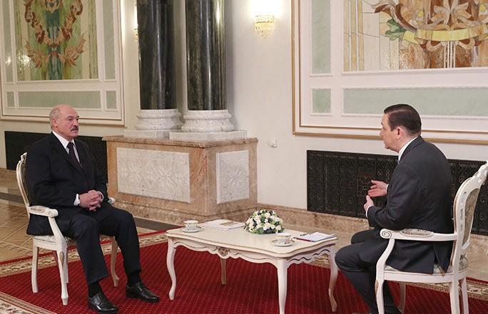 Лукашенко про договор о создании Союзного государства: Беларусь ни от одного пункта не отказывается, но настаивает на равных условиях