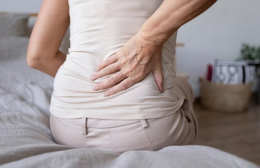 Что делать при болях в спине? Простой совет от врача