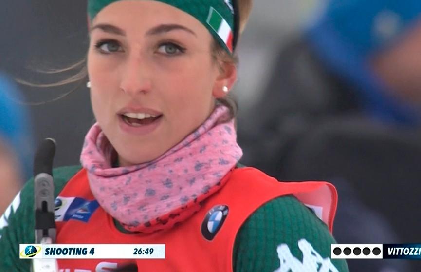 Итальянка Лиза Витоцци выиграла гонку преследования на этапе Кубка мира по биатлону в Оберхофе