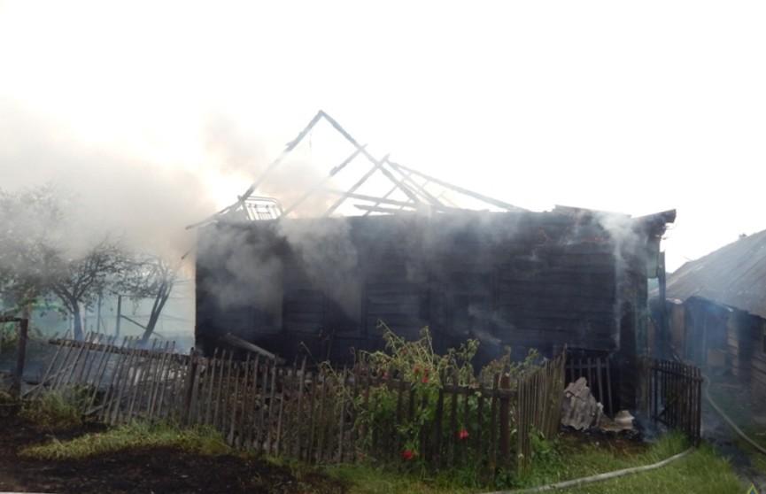 Пенсионеры остались без дома из-за неосторожного обращения с огнём