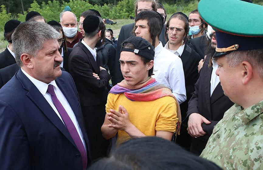 Хасиды поблагодарили губернатора Гомельской области за заботу и помощь паломникам