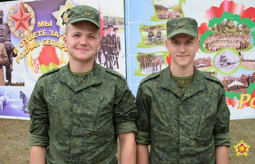 Мальчики чуть не утонули в меловом карьере под Березой: два лейтенанта спасли их