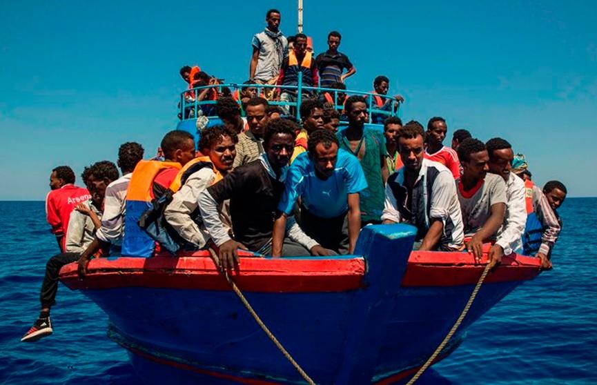 Более 600 мигрантов спасли у берегов Испании