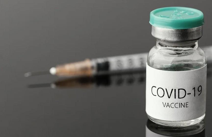 Третья волна COVID-19: надежда на вакцинацию