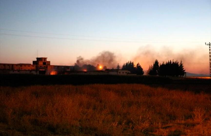 Серия взрывов произошла на военном складе в Турции