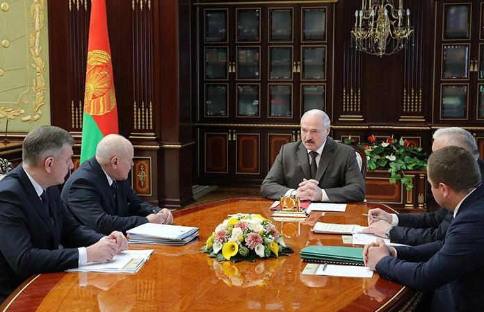 Лукашенко: лес остается нашим богатством, но к нему мы относимся порой безобразно