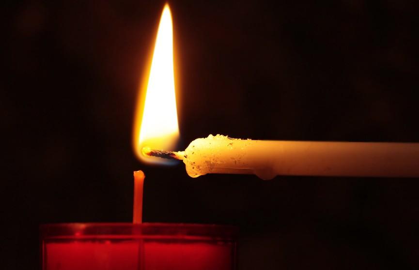 Лукашенко выразил соболезнования родным погибших в Казани: «Невозможно найти оправдание бессмысленному расстрелу невинных людей»
