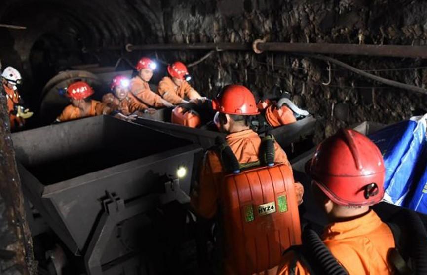 Четыре горняка погибли на шахте в Китае