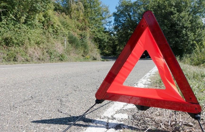 Мать и дочь погибли в озере из-за путаницы с педалями в машине
