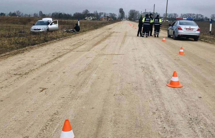 Водитель насмерть сбил женщину в Кобринском районе и скрылся