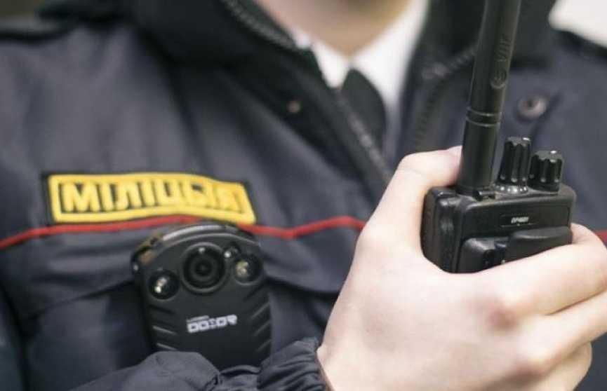 Сотрудники милиции будут дежурить возле школ во время выпускных