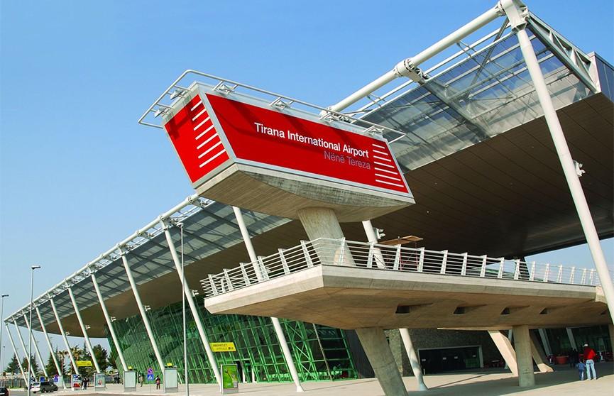 Грабители украли из самолёта несколько миллионов евро в международном аэропорту Тираны