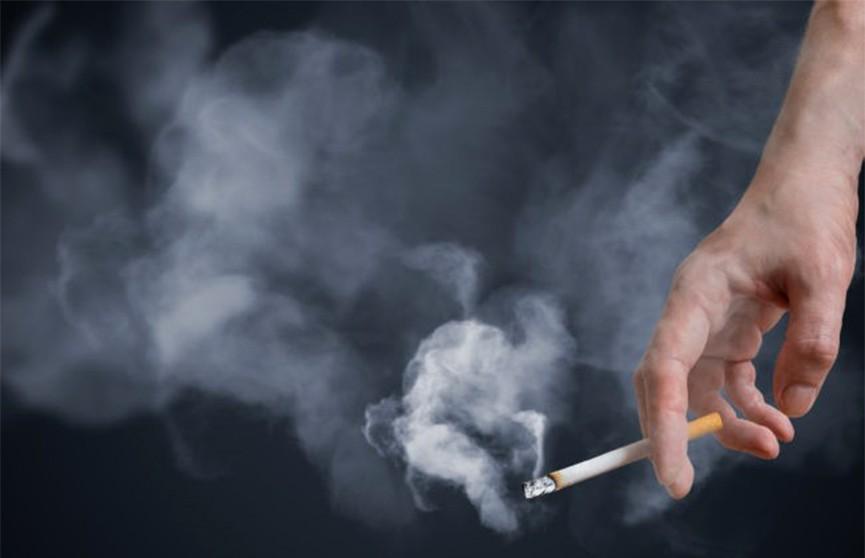 Антитабачный декрет. Курение в присутствии детей могут запретить