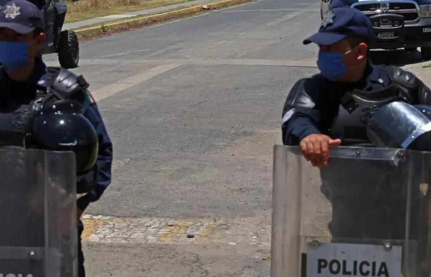 В Мексике не менее восьми человек погибли после драки в тюрьме