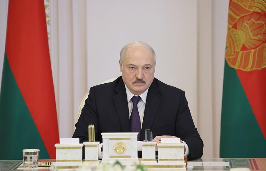 Лукашенко о новой Конституции: Главное не допустить появления в стране двоевластия
