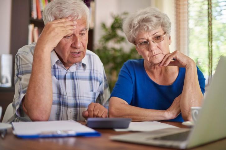 Пожилых людей обманом лишают недвижимости. Как не попасться на удочку мошенников?