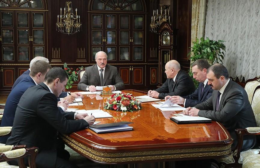 Интернет вещей и 5G: развитие сферы телекоммуникаций обсудили на совещании у Александра Лукашенко