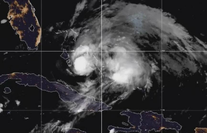 Трамп объявил во Флориде ЧС из-за урагана «Исайя»