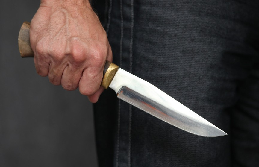 Шесть человек пострадали во Флориде при нападении мужчины с ножом