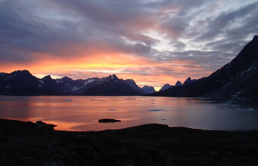 На леднике в Гренландии пошел дождь впервые за историю наблюдений