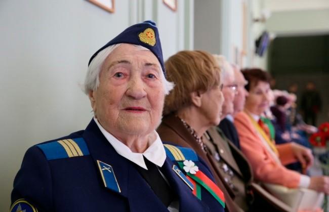 В преддверии Дня Победы в Центральном доме офицеров в Минске чествовали ветеранов