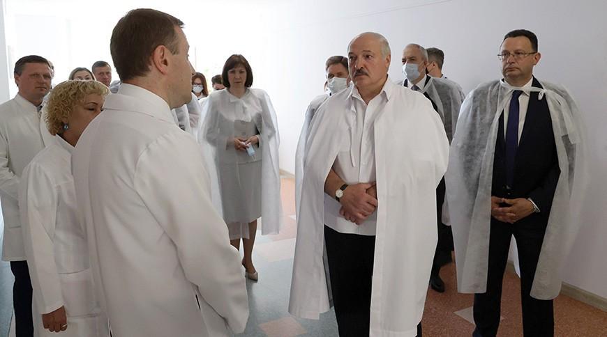 Александр Лукашенко посетил 2-ю городскую детскую клиническую больницу Минска