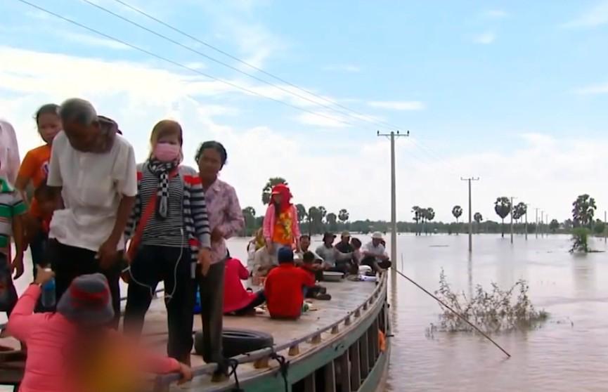 Наводнение в Камбодже: 10 тыс. семей эвакуированы