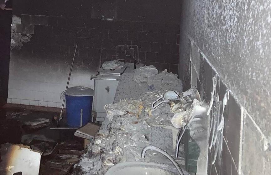 Пожар произошел в подсобном помещении Брестской горбольницы