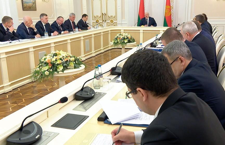 Совещание Лукашенко с руководством Совмина: какие «проекты будущего» обсуждались?