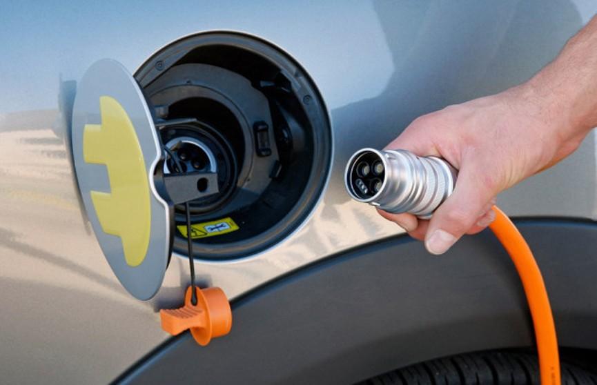 Будет где заправиться! «Белоруснефть» планирует установить 100 зарядных станций для электромобилей