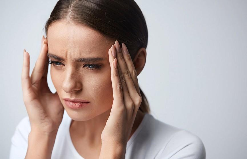 Будьте внимательны: врач назвал неочевидные признаки инсульта