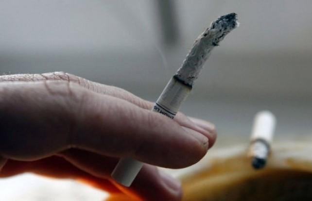 Пенсионер закурил в постели и оказался в больнице