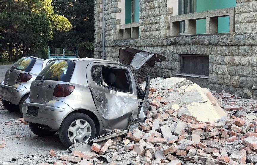 68 человек пострадали от землетрясения в Албании