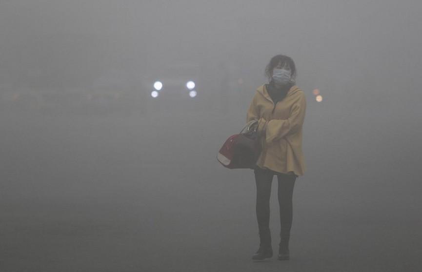 Китай накрыло огромное облако ядовитого смога