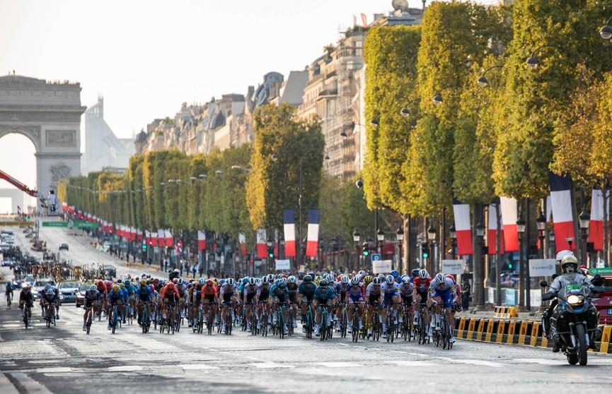 В Париже завершилась веломногодневка «Тур де Франс». Победителем стал Тадей Погачар из Словении