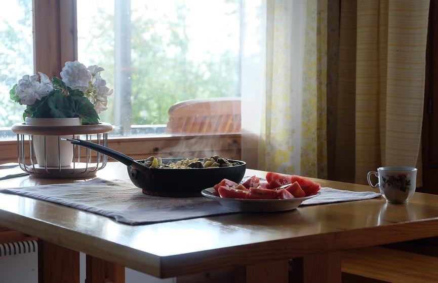 Как восстановить антипригарное покрытие сковороды? Женщина показала лайфхак