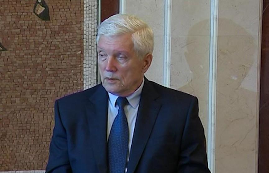 Чем запомнится завершивший дипломатическую миссию в Беларуси посол России Александр Суриков?