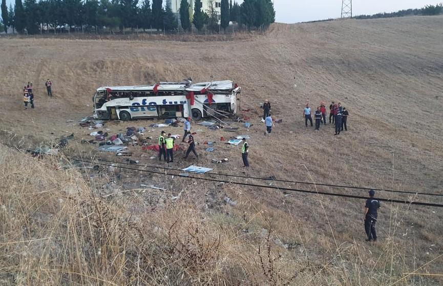 ДТП с автобусом в Турции: погибли 14 человек
