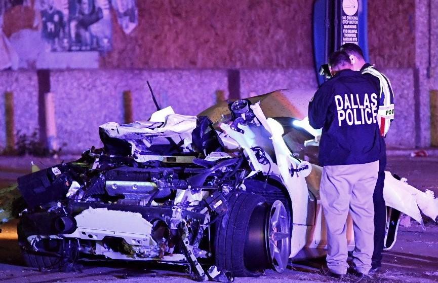 Чемпион мира по боксу попал в аварию на «Феррари»: спортсмена выбросило из переворачивающегося авто